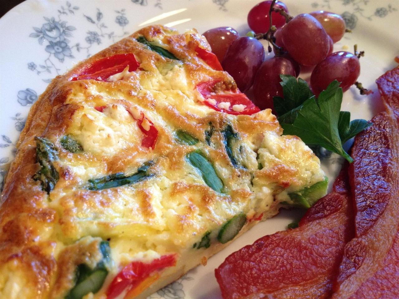 Tomato, Basil, Feta Quiche & Applewood Smoked Bacon