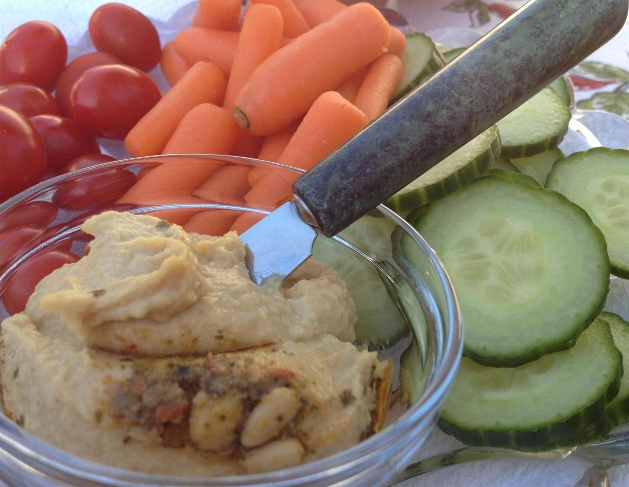 Enjoy a Fresh Wine Country Snack with Homemade Hummus & Fresh Vegtables