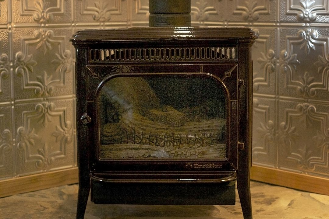 Hearthstoves or Fireplaces in Every Room, Including Artiste