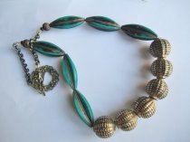 https://www.etsy.com/ca/listing/468172760/teal-vintage-bead-necklace-large-80s?