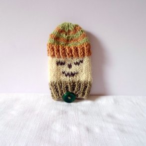https://www.etsy.com/ca/listing/226407287/pouchmobile-phone-cover-with-funny-face?