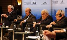 MSC_2014_Schmidt_GiscardDEstaing_Kissinger_Bahr2_Zwez_MSC2014-230×140