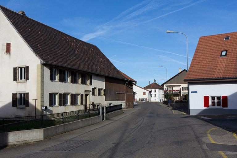 2015-Bourrignon-Dorfzentrum-768×512