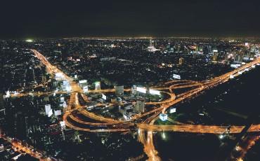 night-city-1149700_1920-370×230