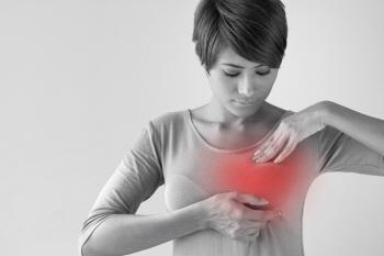 유방 여성 여자 통증.jpg