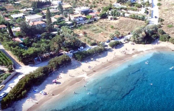 Παραλίες-στην-Αττική-που-είναι-πάντα…-«λάδι»