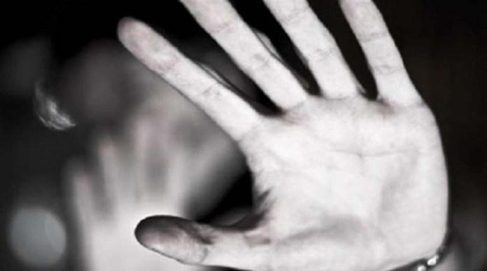 Αν.-Αττική:-Καταγγελία-για-βιασμό-18χρονης-από-τον-πατέρα-της-–-«Με-βίαζε-όταν-έλειπε-η-μητέρα-μου-από-το-σπίτι»