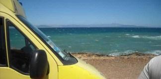 Νέα-τραγωδία-σε-παραλία-της-Ανατολικής-Αττικής-–-Γυναίκα-ανασύρθηκε-νεκρή!