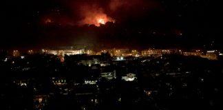 Πυρκαγιά-στη-Βαρυμπόμπη:-Χωρίς-ρεύμα-και-νερό-περιοχές-της-Αττικής