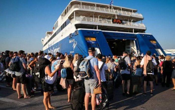 Αυξημένη-από-σήμερα-η-κίνηση-στα-λιμάνια-λόγω-της-εξόδου-για-τον-Δεκαπεντάγουστο