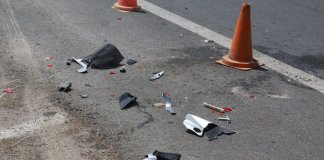 Τραγωδία-στη-Βάρκιζα:-Νεκρός-17χρονος-σε-τροχαίο-–-Δύο-τραυματίες