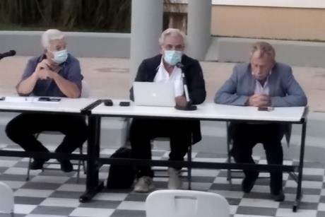 Δήμος-Λαυρεωτικής:-Πραγματοποιήθηκε-στην-Κερατέα-η-συνάντηση-για-τις-ανεμογεννήτριες