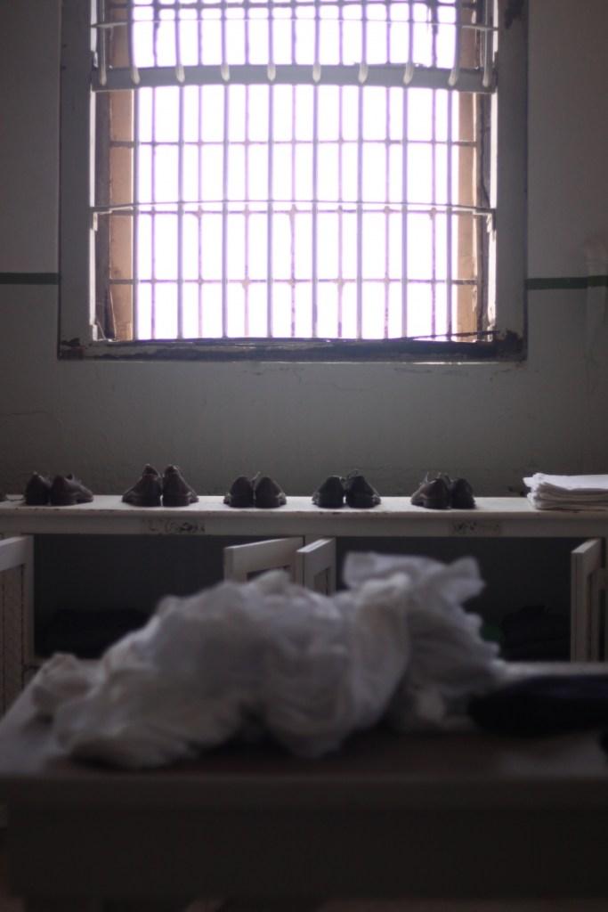 shoes alcatraz raw