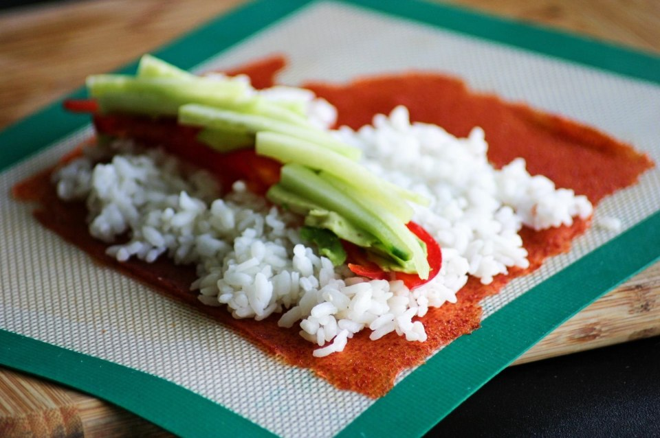 Sushi rice and filling