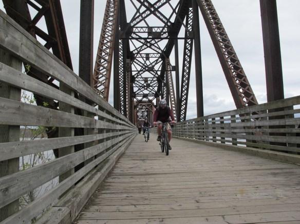 bikes on the bridge s