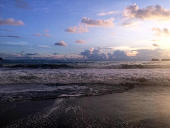 sea and sky near Macaw Lodge Costa Rica
