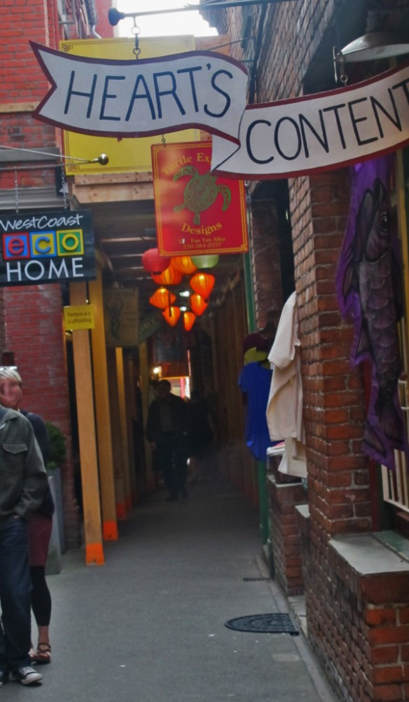 Fan Tan Alley is very narrow - Bikes and Brews - Victoria, BC