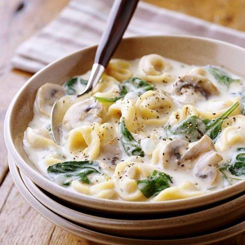 Creamy Slow Cooker Tortellini Soup, www.MomFavorites.com