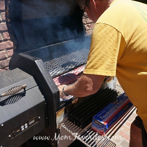 papa and the grill