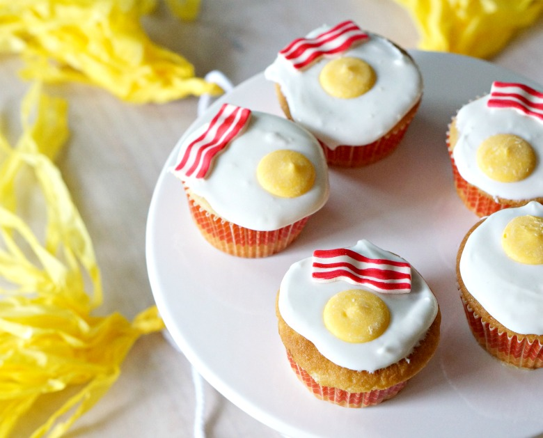52 Weeks of Sweets continues with birthday Vanilla Breakfast Cupcakes for my birthday boy! With faux bacon and eggs, Vanilla Breakfast Cupcakes make the perfect April Fool's Day treat, too!
