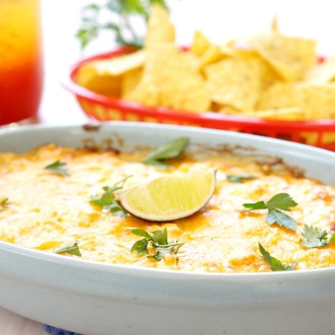 Ready for some summer fun? Bring the flavor to every party with this perfect drink and food pairing. Whip up a pitcher of this Spicy Mango Michelada recipe, paired with a Hot Seafood Dip for a winning combo.