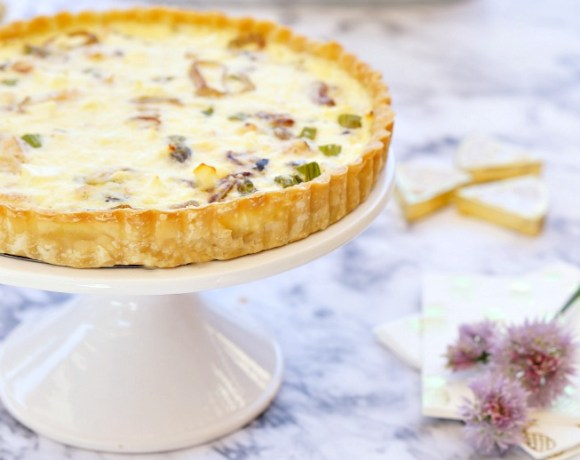 Rock your Mother's Day Brunch with this stunning Smoked Salmon Tart recipe, and these brunch ideas and decor tips which you can get at one stop to World Market! She'll love the MOM-mosas! :)
