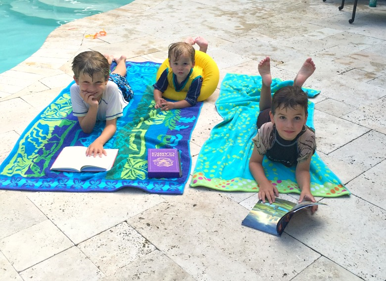 Never leave the house without the essentials again! Ensure pool-day success with the ULTIMATE Pool Day Packing List for moms! Including snack suggestions, cooler tricks and more!