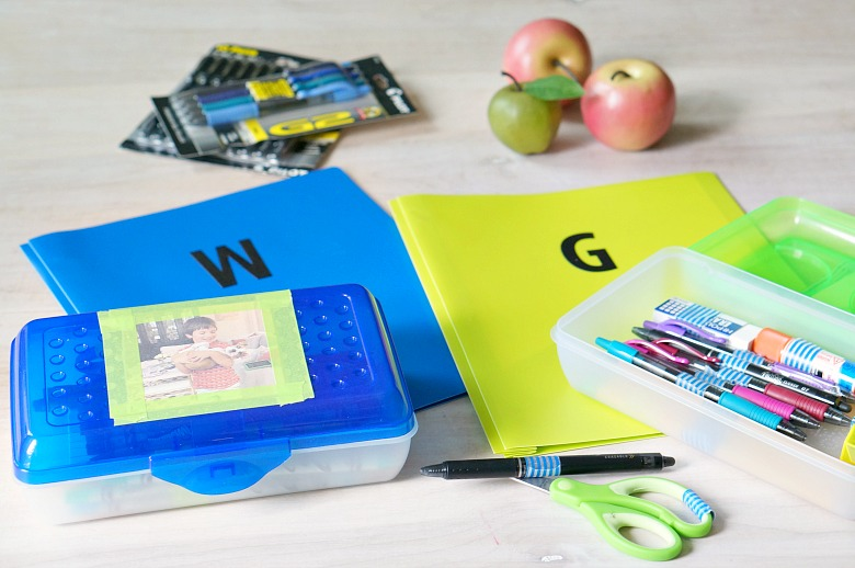 Have all of your school supplies prepped and in one place with these personalized homework kits!  These kits feature easily identifiable supplies (personalized with washi tape!) for each child in the family.