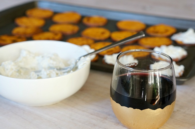 Eat, drink and be merry with this perfect wine and app pairing. Enjoy a glass of Chianti and pass the plate! These Sweet Potato Crostini (with blue cheese and cranberries) will get the holiday party started!