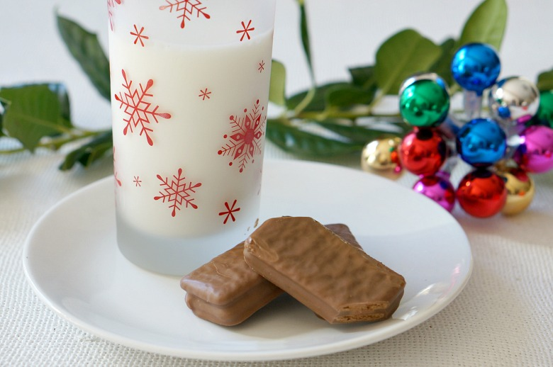 It's time to do the Tim Tam Slam! Featuring Tim Tam biscuits from down under and our favorite beverages, you'll quickly discover why the Tim Tam Slam is one of the hottest food trends.