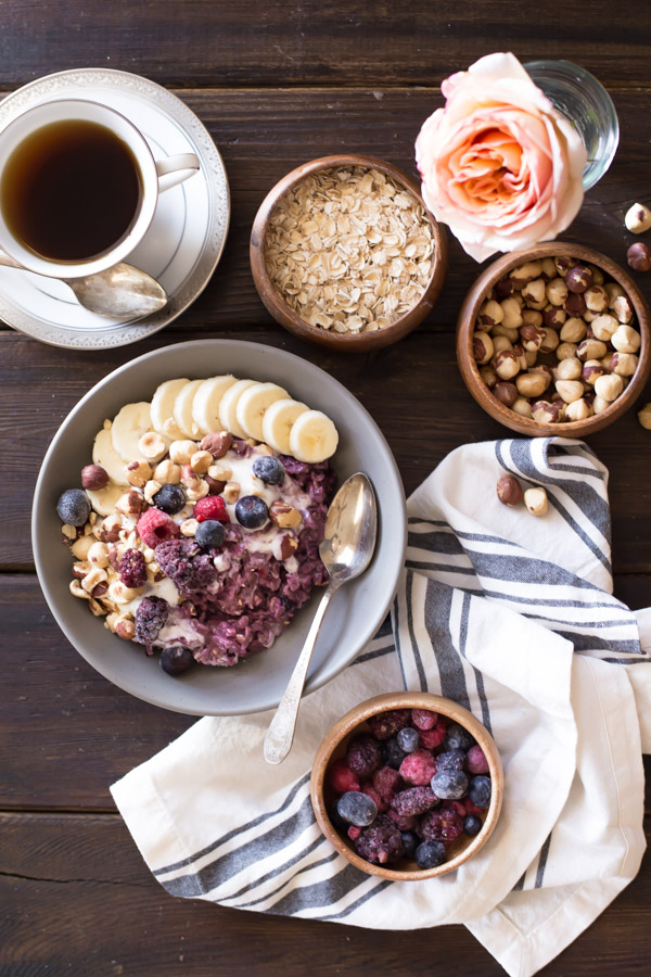 Triple-Berry-Oatmeal-Breakfast-Bowl