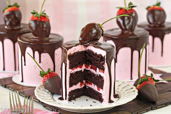 chocolate-covered-strawberry-cake