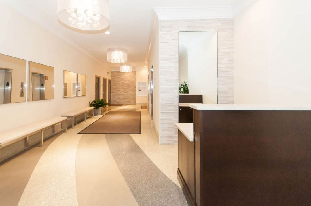 3838_N_Broadway_Interior_renovation_lobby_crop