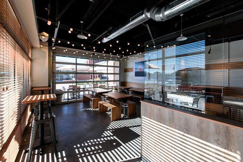 m-burger-dining-renovation-interior_thumbnail