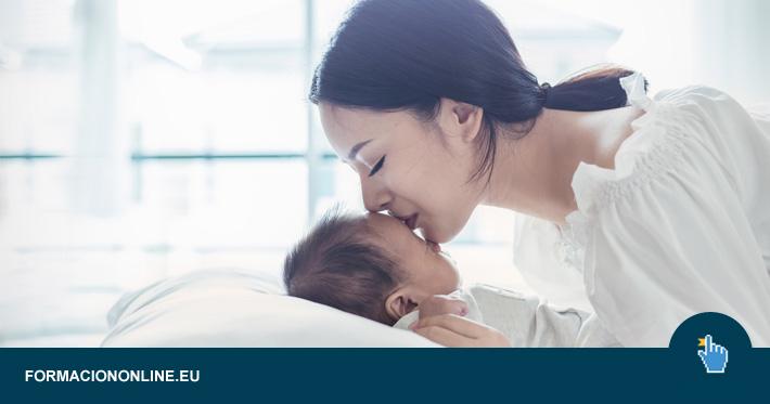 Todas las ayudas a madres solteras, separadas o divorciadas disponibles en 2020