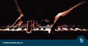 Curso Gratis de Ejercicios de Calentamiento para Tocar el Piano