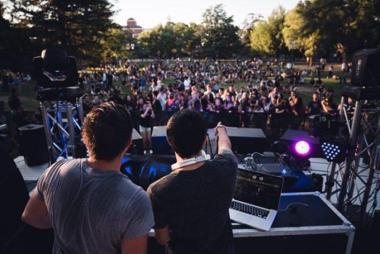 foule dj mix live formation playlist