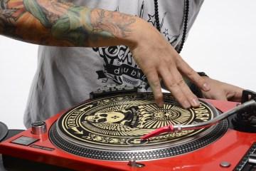 dj scratcher hip hop formation dj
