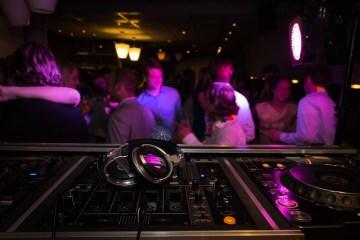 party fête dj guest dj resident