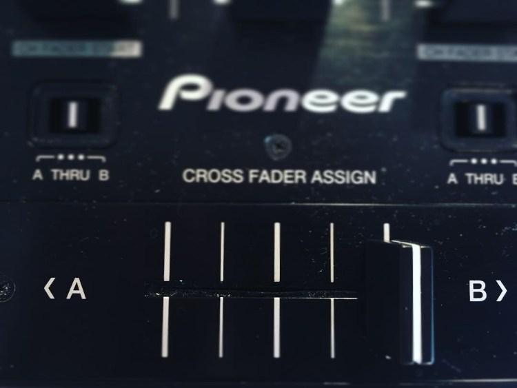 cross fader pioneer ddj formation dj table de mixage dj