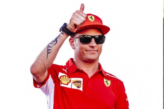 Kimi Räikkönen tumme upp