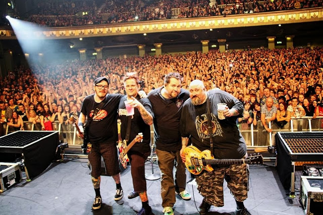 A SPECIAL THANK YOU & GIG REVIEW // BOWLING FOR SOUP