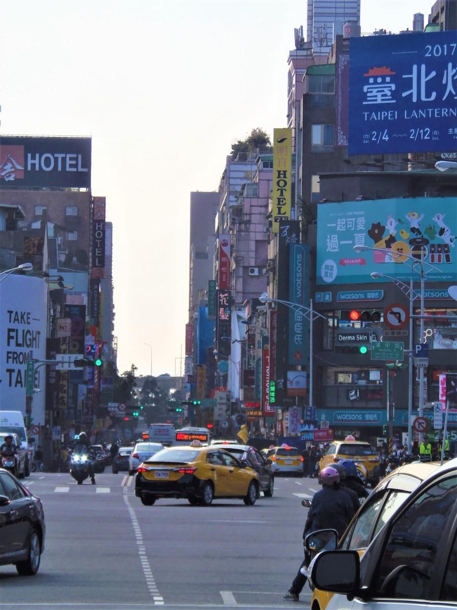 Traffics in Inner City, Taipei