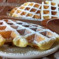 Waffle dolci, ricetta base senza latte (o anche con, fate voi)