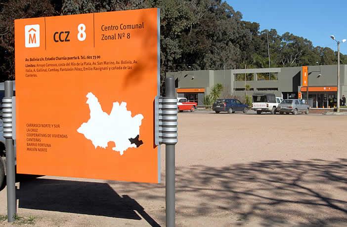 Identidad Montevideo. Cartelería para los Centros Comunales Zonales.