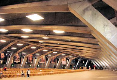 """Basílica subterránea de la """"Barca Invertida"""" construida por Pierre Vago, favorito del NOM"""