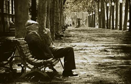 ancianos en soledad