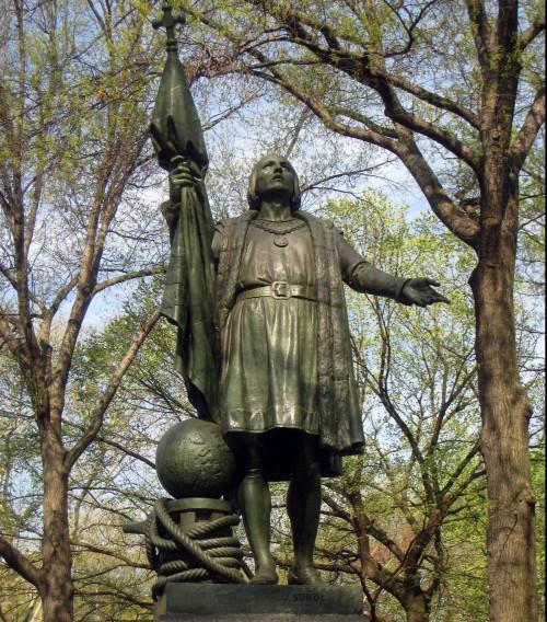 estatua de colon de central park fondo