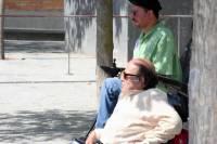Jesús García y Gregorio Esquinas atentos a la actuación [Clic para ampliar la imagen]