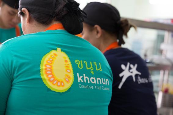 social-enterprise-Bangkok-Thailand-restaurant-Khanun